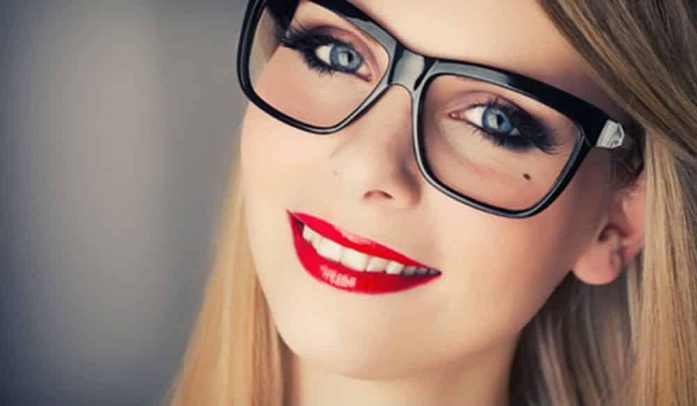 Fabuloso 9 dicas para combinar maquiagem com óculos de grau UI23