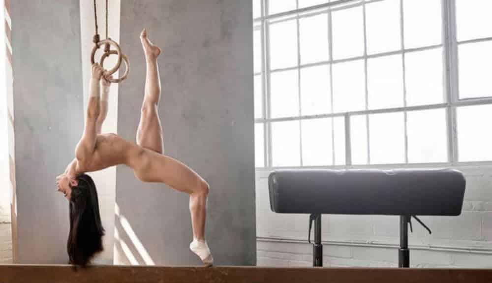 Como são os corpos de famosos atletas sem roupa?