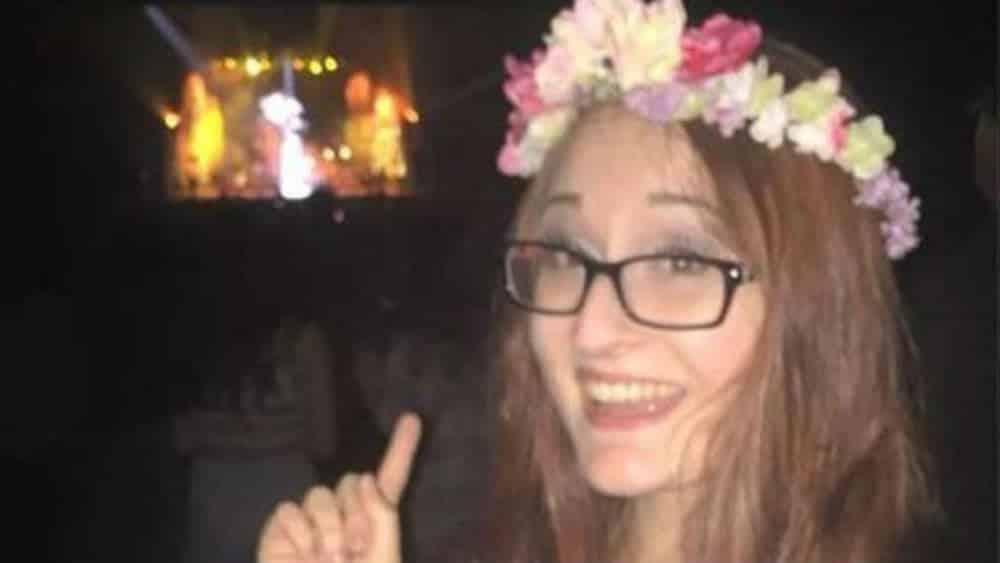 A mensagem oculta na tatuagem dela abalou a internet