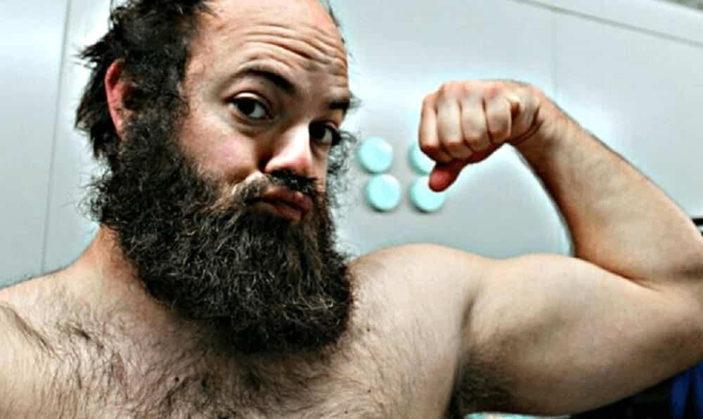 Matthew Avedian: o barbudo que virou uma linda mulher