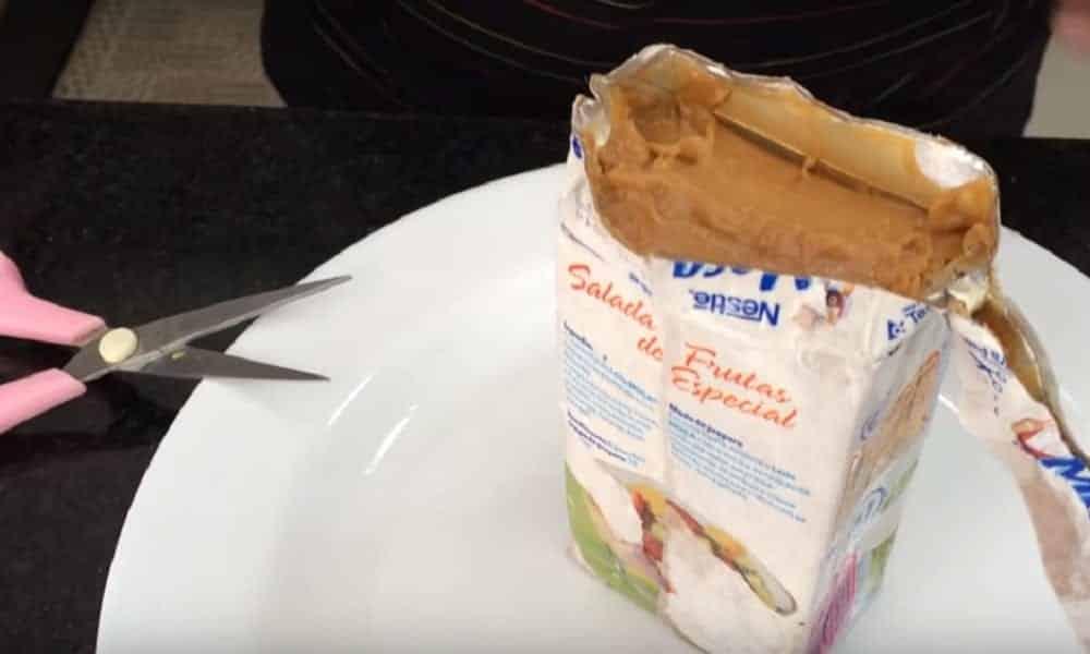 Aprenda a transformar leite condensado de caixinha em doce de leite