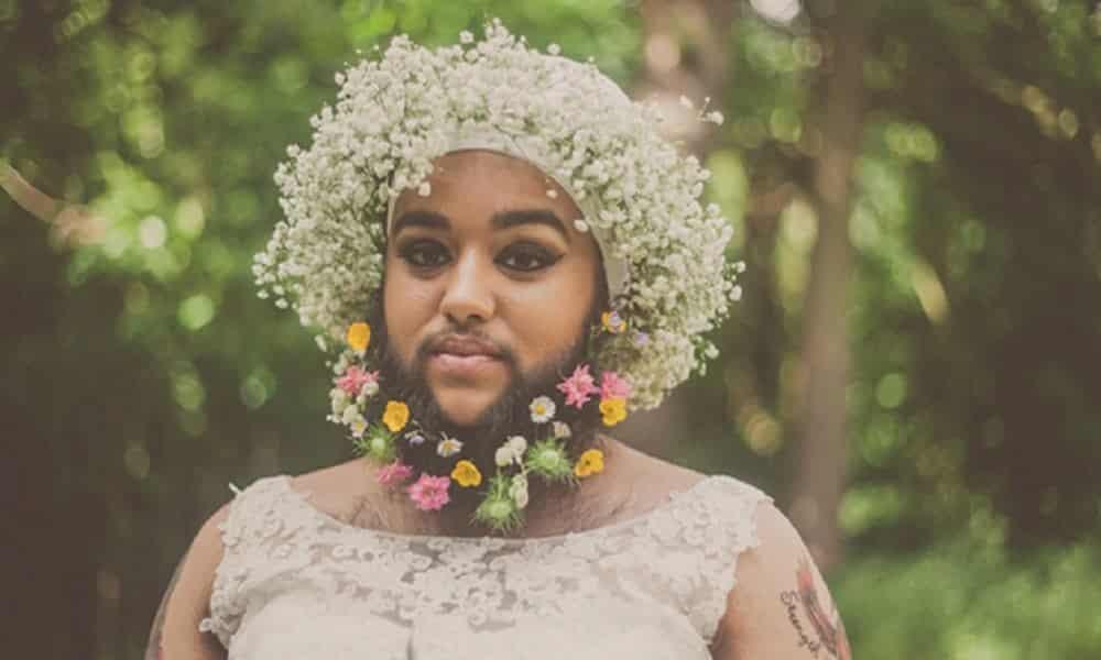 Mulher de barba faz ensaio contra o preconceito
