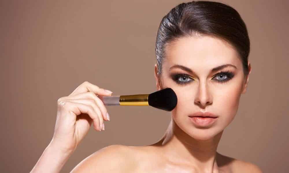 O truque para fazer uma pele perfeita, sem exageros