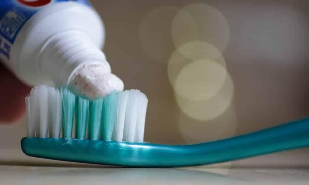 Como fazer xampu, pasta de dente e desodorante em casa