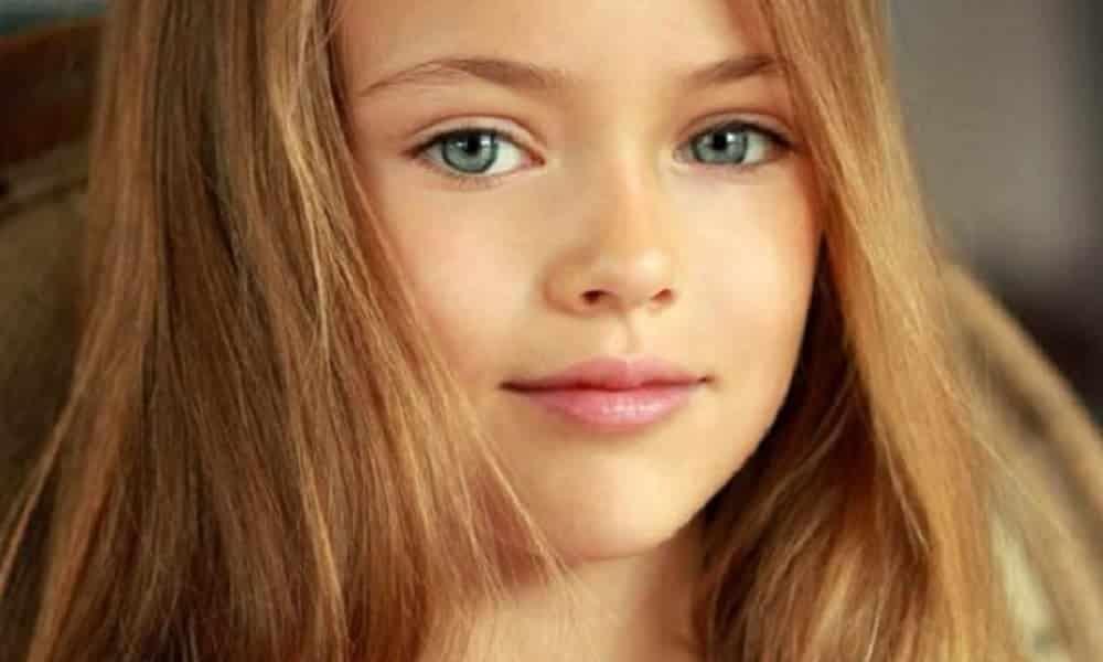 modelo de 10 anos é a menina mais bonita do mundo