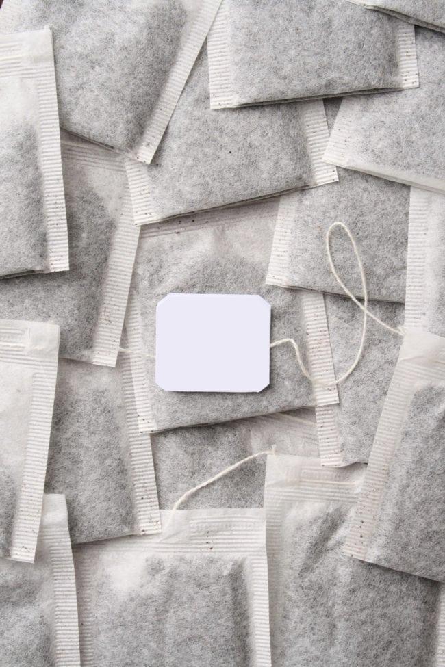 e0f19fb52 Poupe dinheiro com aromatizadores e use sachês de chá secos para deixar sua  casa com o cheiro que você quiser. Você pode escolher um chá com aroma  floral ou ...