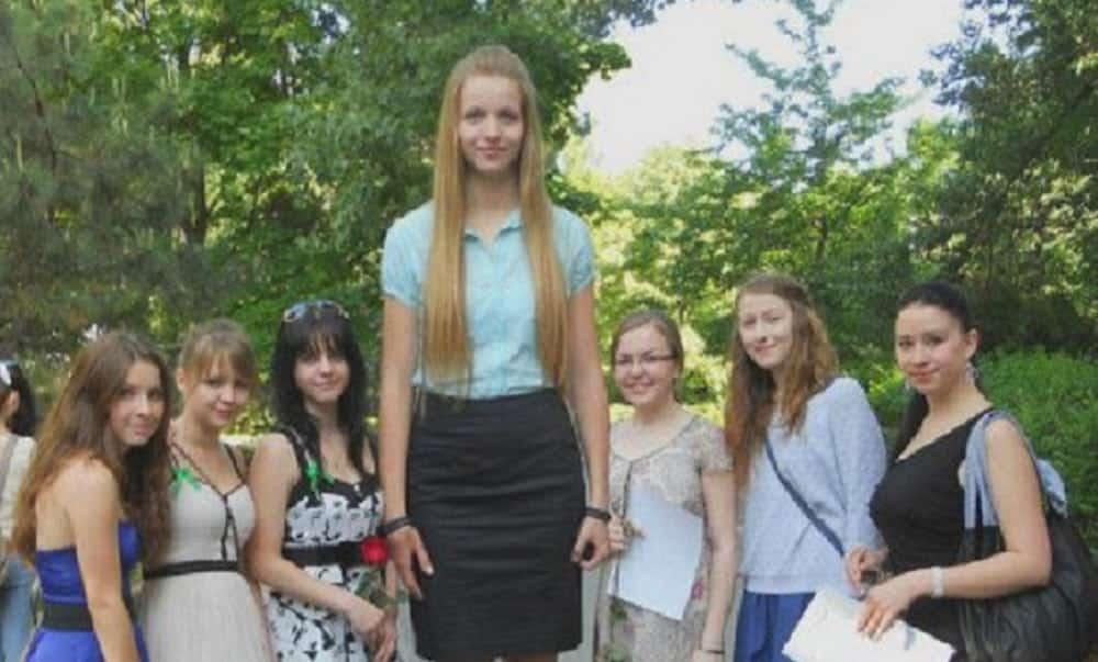 7 dramas que toda garota alta já viveu