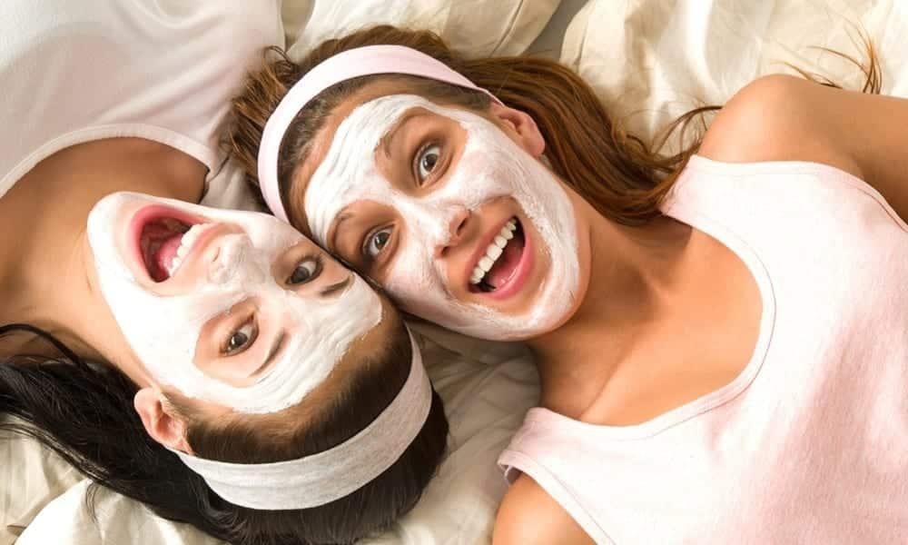 4 máscaras caseiras para conseguir a pele dos sonhos