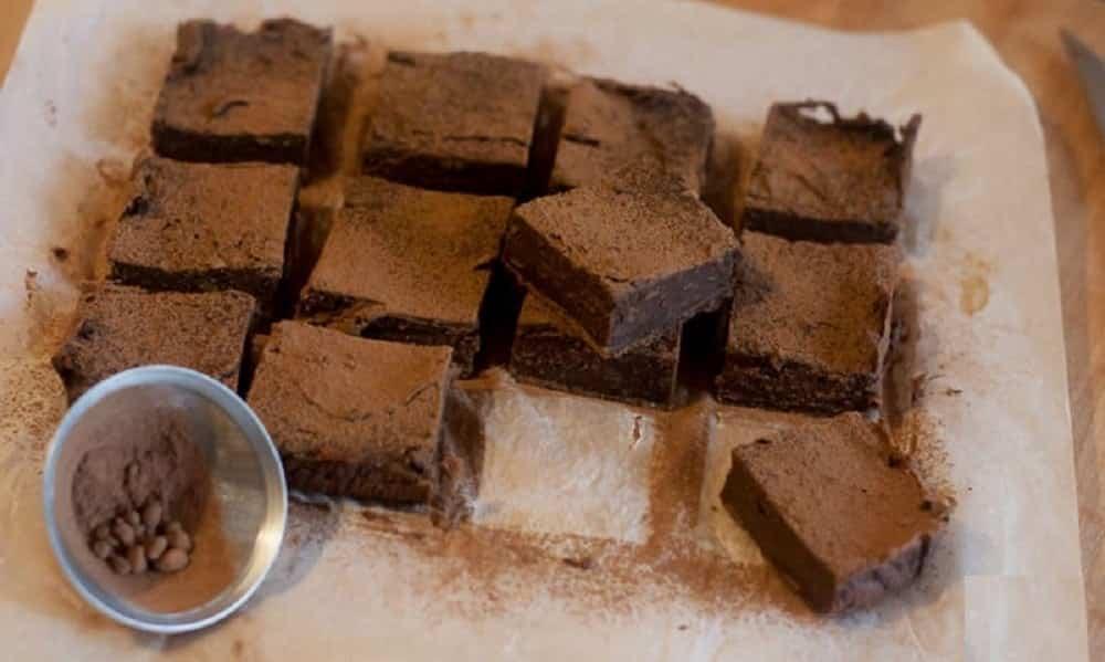 Brownie de batata-doce: essa receita vai salvar você da TMP sem quebrar a dieta