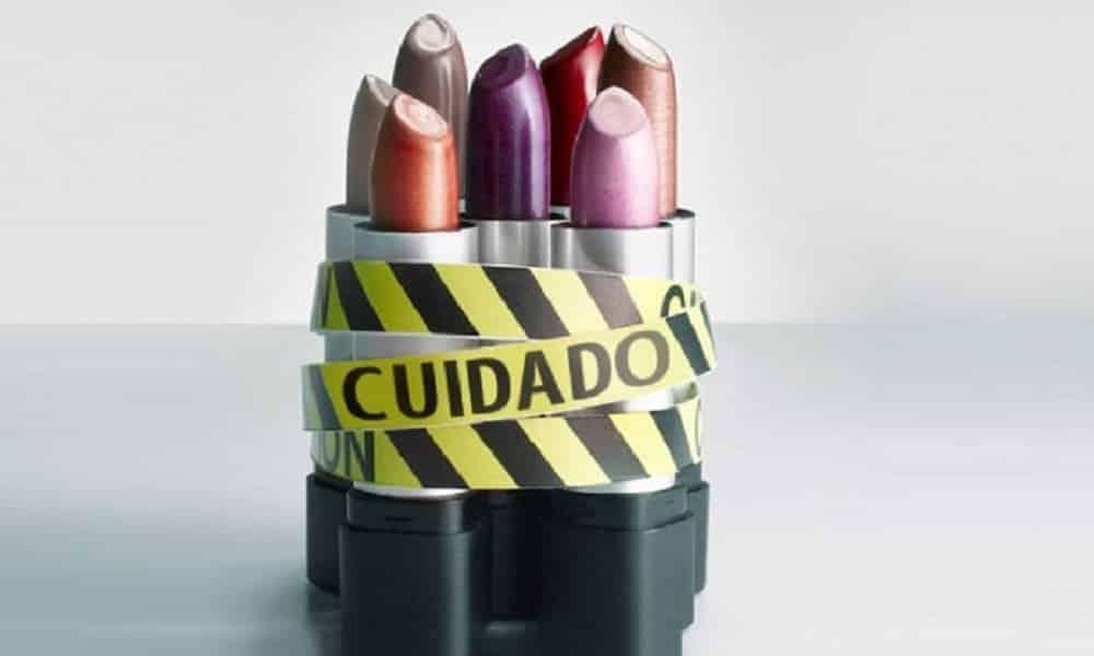 9 substância tóxicas presentes em seus cosméticos