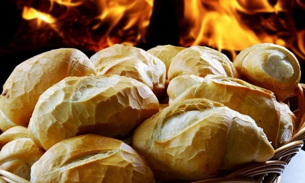 Dica simples para deixar seu pão francês fresquinho por semanas