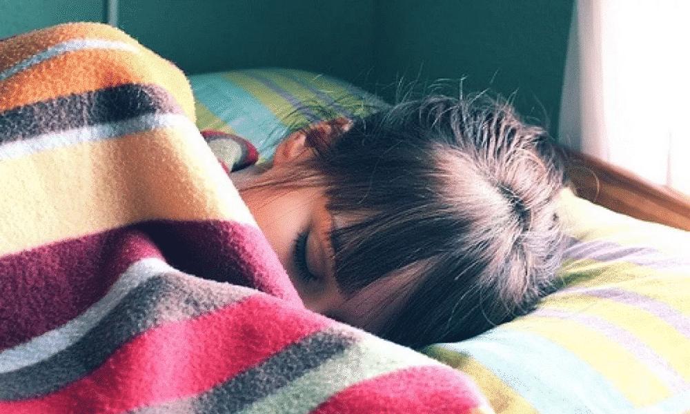 Dormir no frio emagrece e dormir pelado emagrece 2 vezes mais