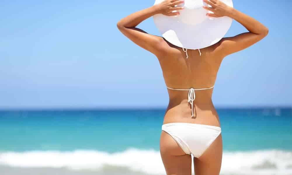 7 truques para ficar com o corpo perfeito em foto de biquini