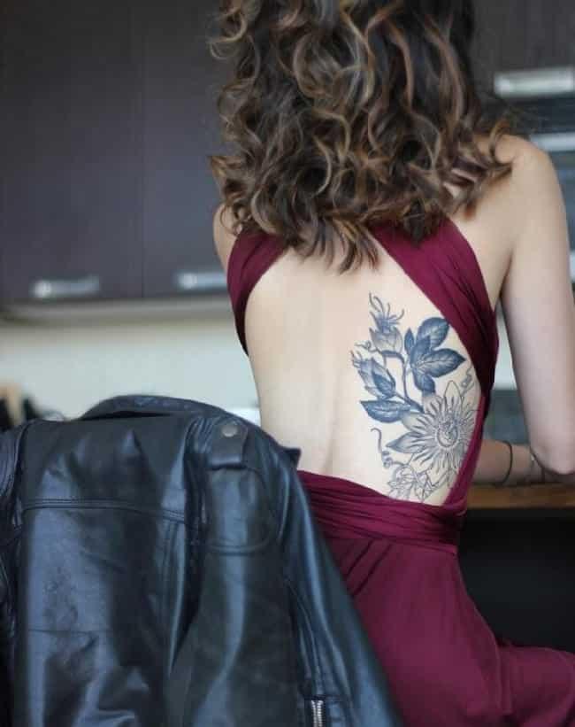 Tatuagem nas costas flores 2018