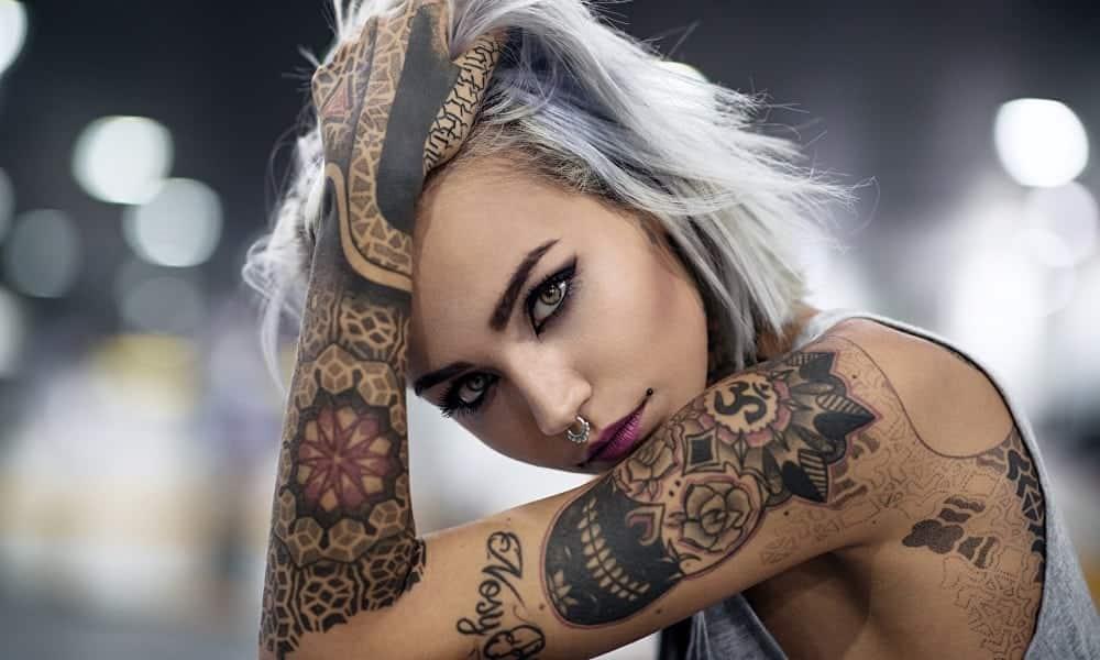 Tatuagens femininas: 330 ideias (de todos os tamanhos) para se inspirar
