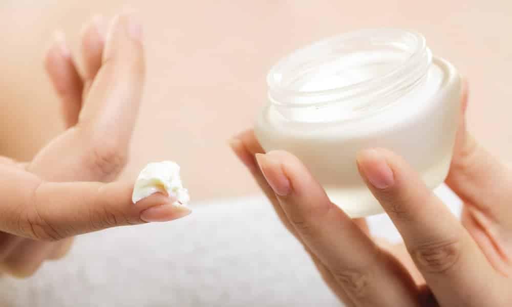 5 ótimas opções de cremes antienvelhecimento por menos de R$ 50