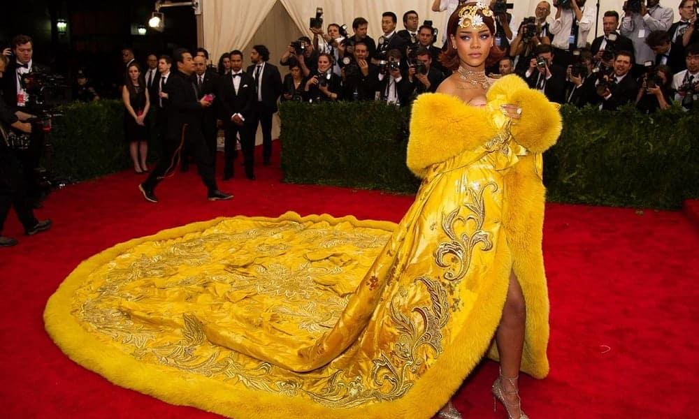 11 vestidos das famosas que valem uma verdadeira fortuna