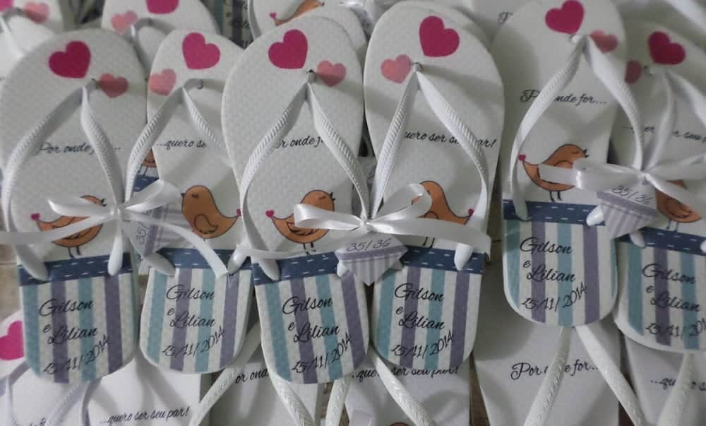 Lembrancinha de casamento: os chinelos caíram de moda!