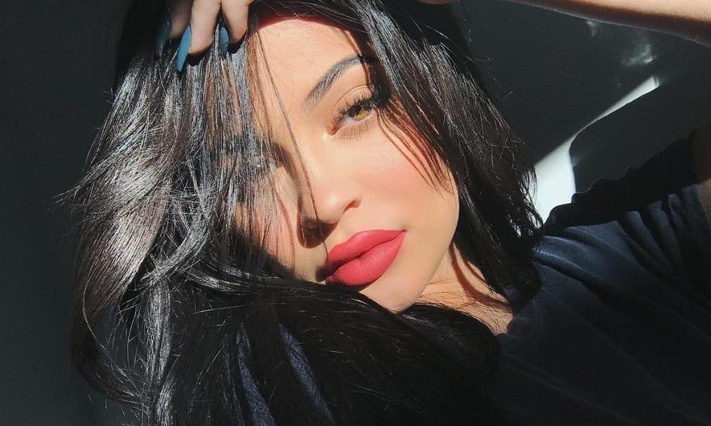 Kylie Jenner tem a foto mais curtida da história do Instagram
