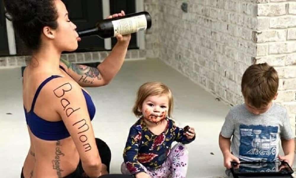 Blogueira decidiu assumir de vez, na internet, que é uma péssima mãe