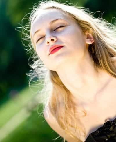8 coisas que podem estar deixando a sua pele seca