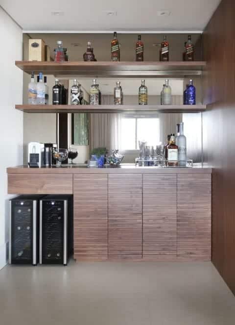 50 imagens para te inspirar a fazer o seu bar em casa