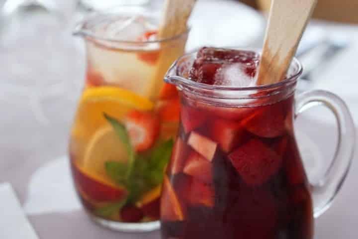 7 drinks pouco calóricos para se divertir sem sair da dieta