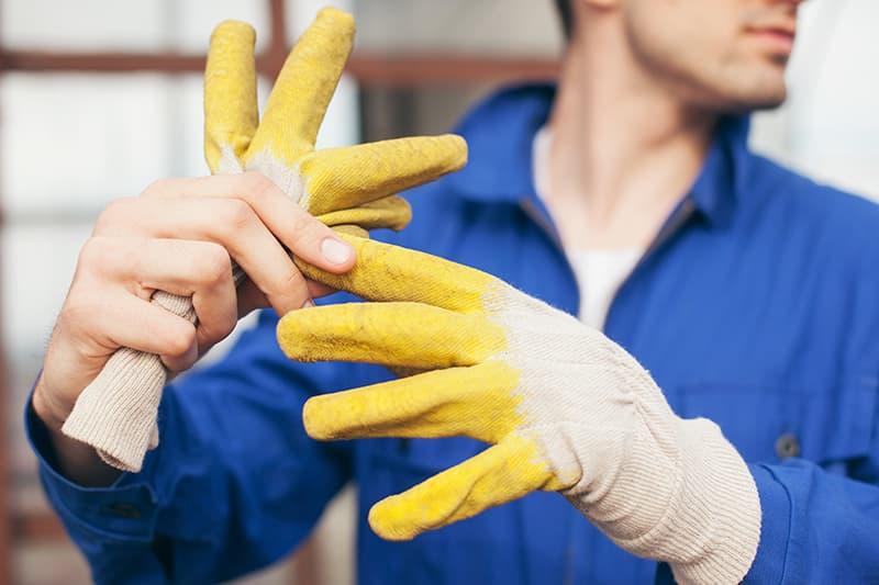 7 cuidados com as unhas que você precisa desenvolver