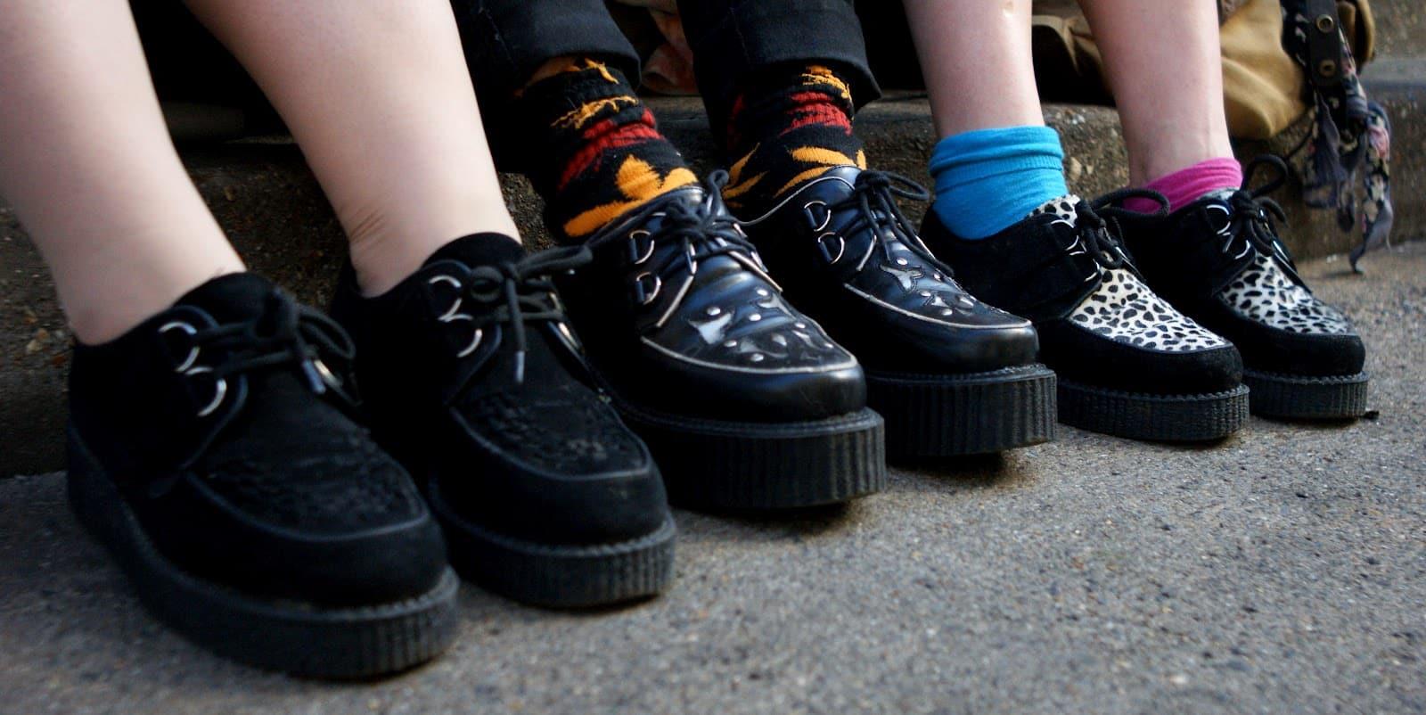 Moda anos 90: Roupas, sapatos e acessórios que estão voltando