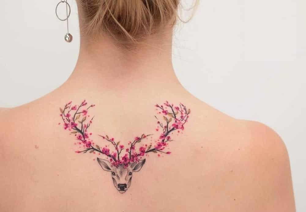 Tattoo feminina, o que é tendência em 2019 e em que parte tatuar