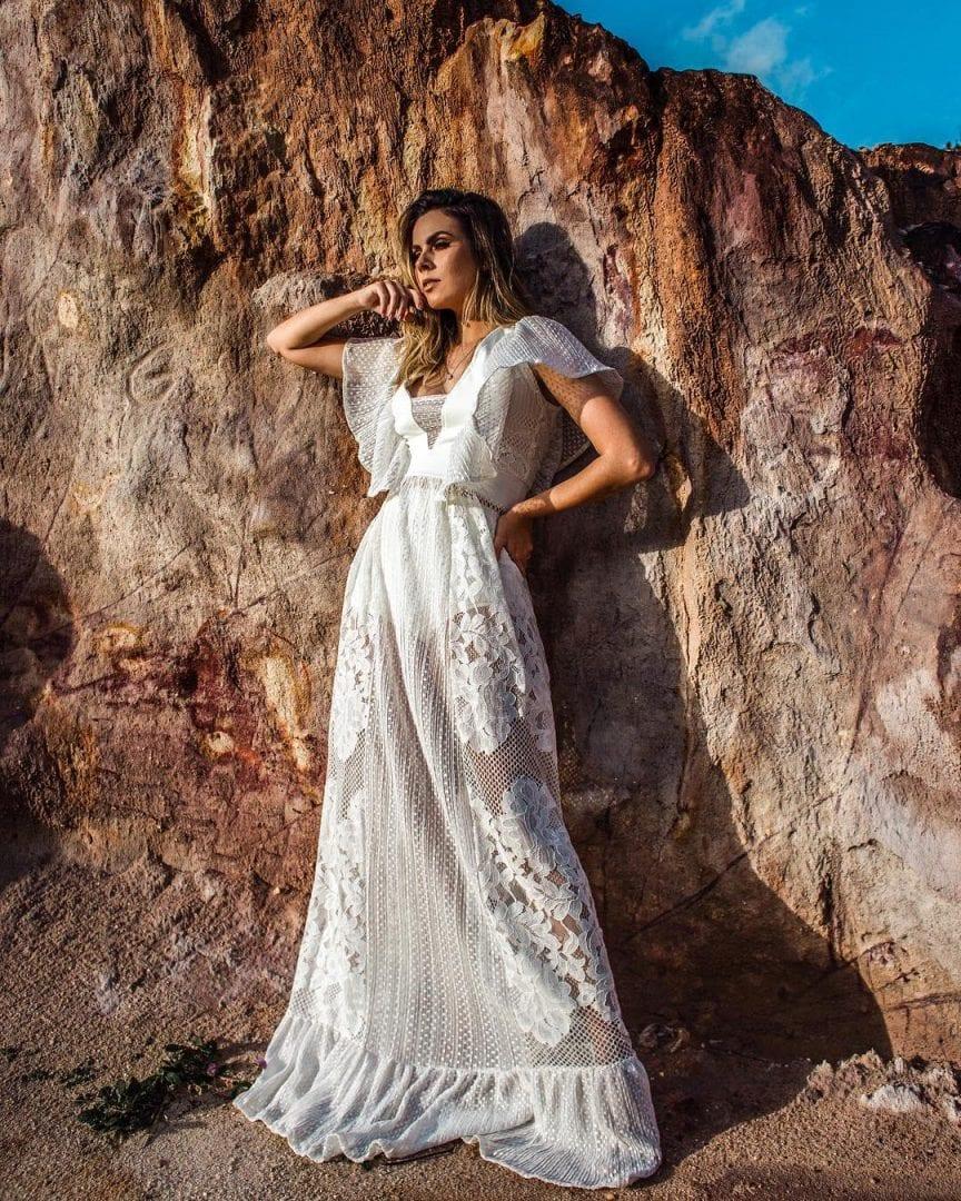 Modelos de vestido de casamento para dia, quando o menos que é mais!