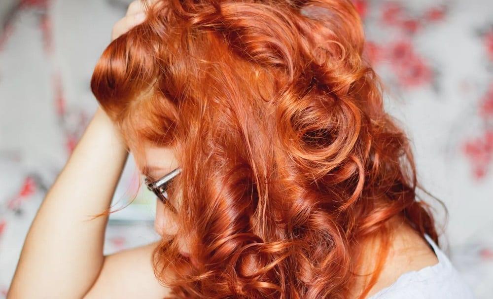 Como usar henna no cabelo e conseguir o ruivo dos sonhos
