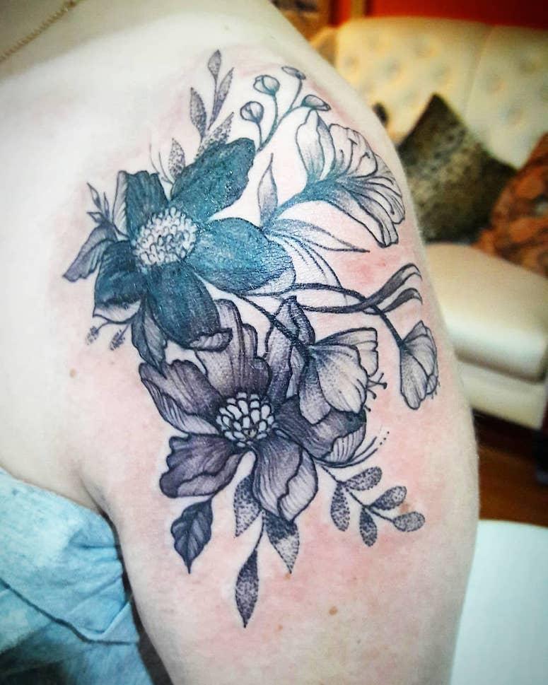 100 imagens de tatuagens femininas no ombro para te inspirar