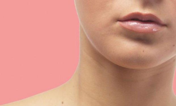 9 grandes truques imbatíveis para tirar chupão do pescoço