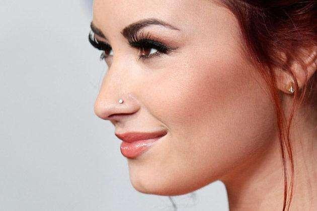 Piercing no nariz: quais os tipos, cuidados necessários e se realmente dói