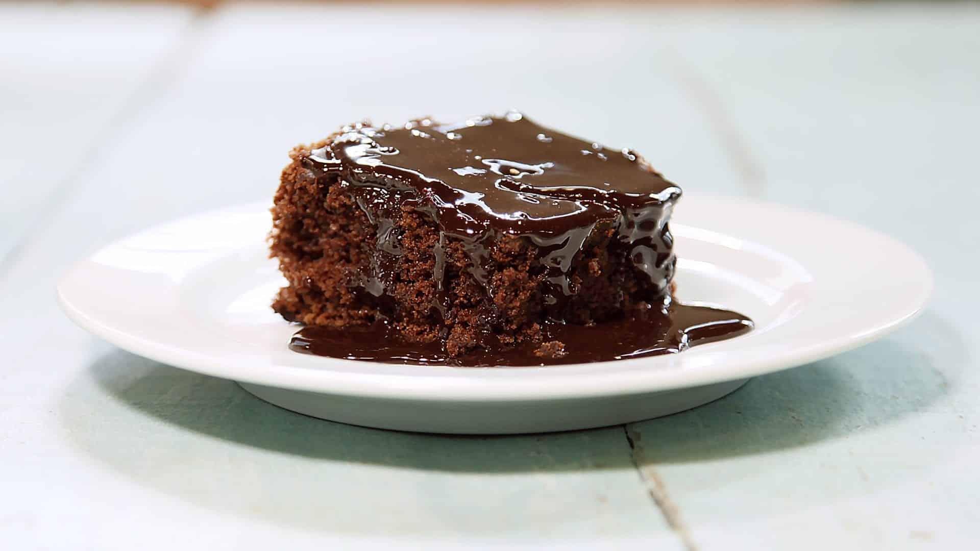 Receita da bolo de cenoura delicioso e fácil de fazer