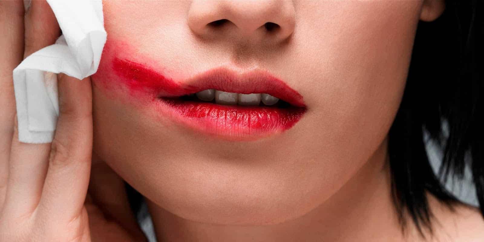 3 em cada 5 mulheres são vítimas de relacionamento abusivo. Saiba mais