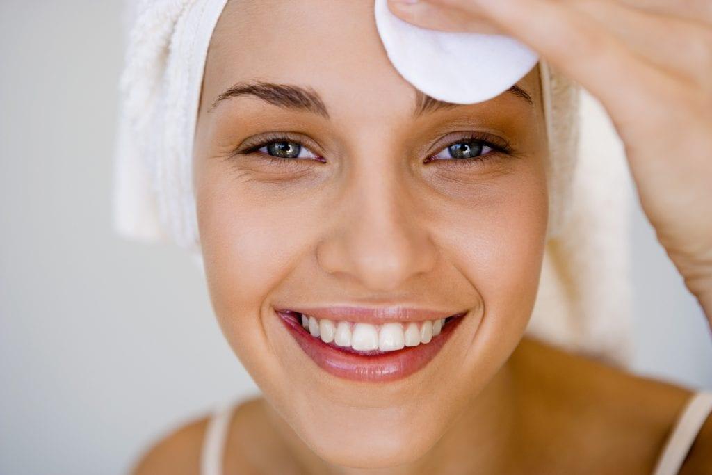 Cuidados com a pele, como ter uma pele sempre saudável e bonita