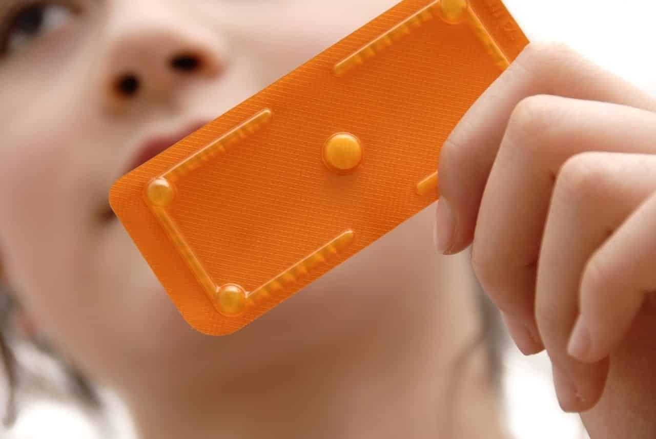 Entenda a forma correta de ingerir a pílula do da seguinte