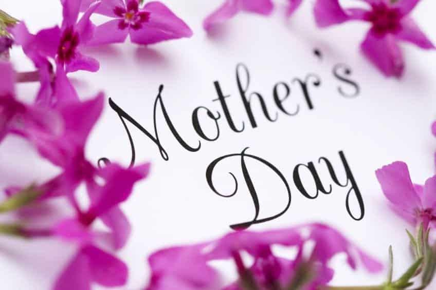 Mensagem de dia das mães, as 10 melhores para agradar sua mãe