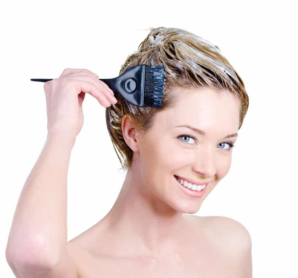 Quer pintar o cabelo em casa? Então vem que temos 10 dicas pra você