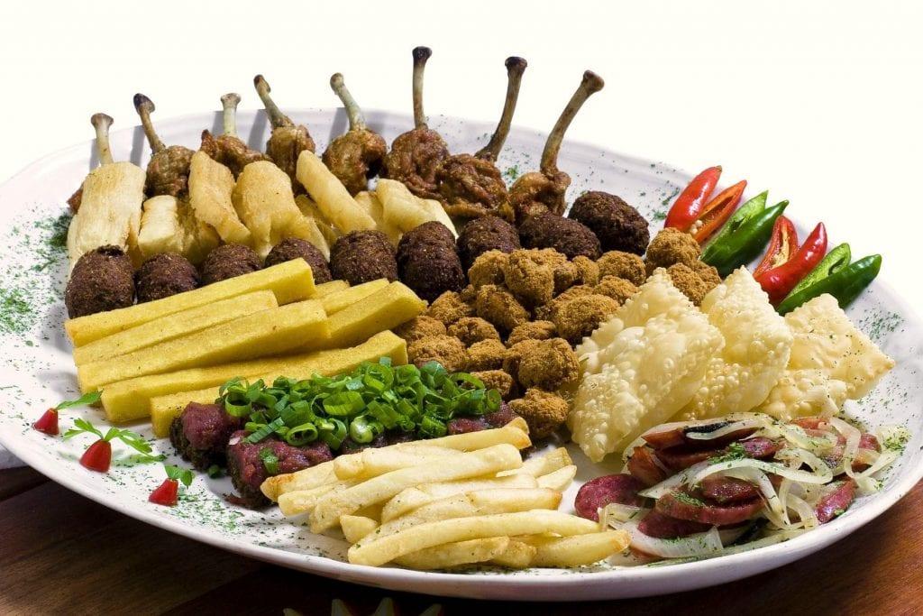 Alimentos que engordam e são um perigo para a dieta