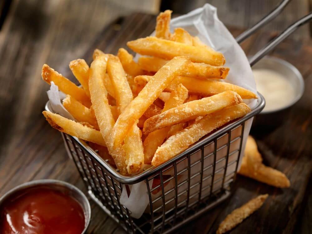 10 alimentos que engordam e são um perigo para a dieta