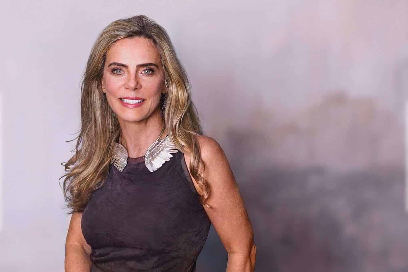 Bruna Lombardi revela sua fórmula de beleza e juventude