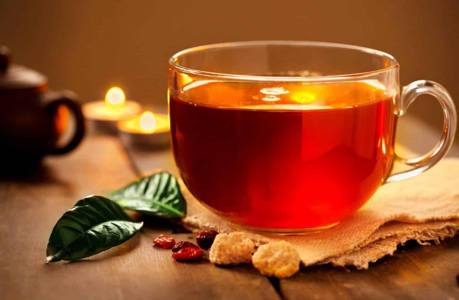 Conheça melhor o chá de hibisco e seus inúmeros benefícios