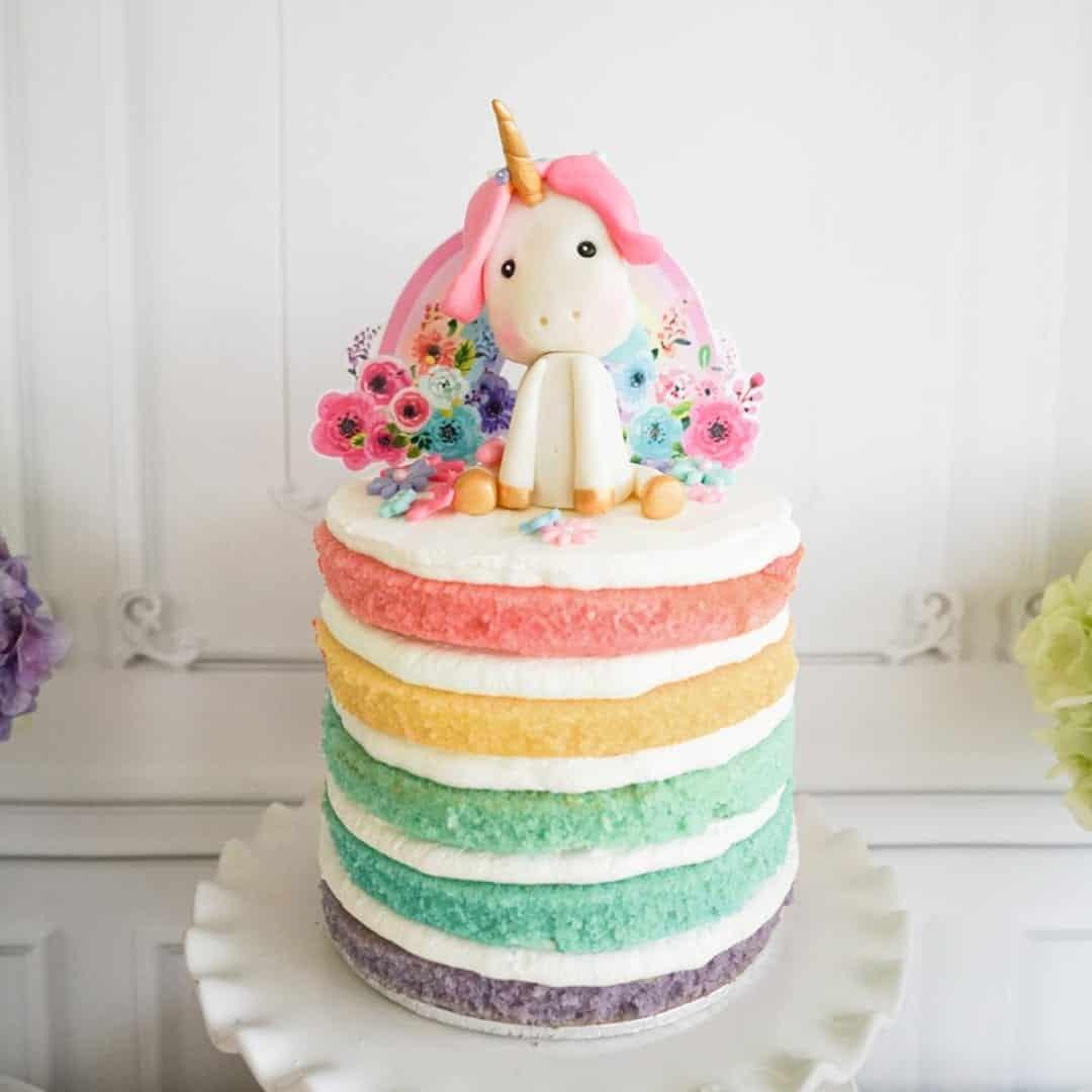 Está preparada para apreciar bolos de unicórnio? Então vem com a gente