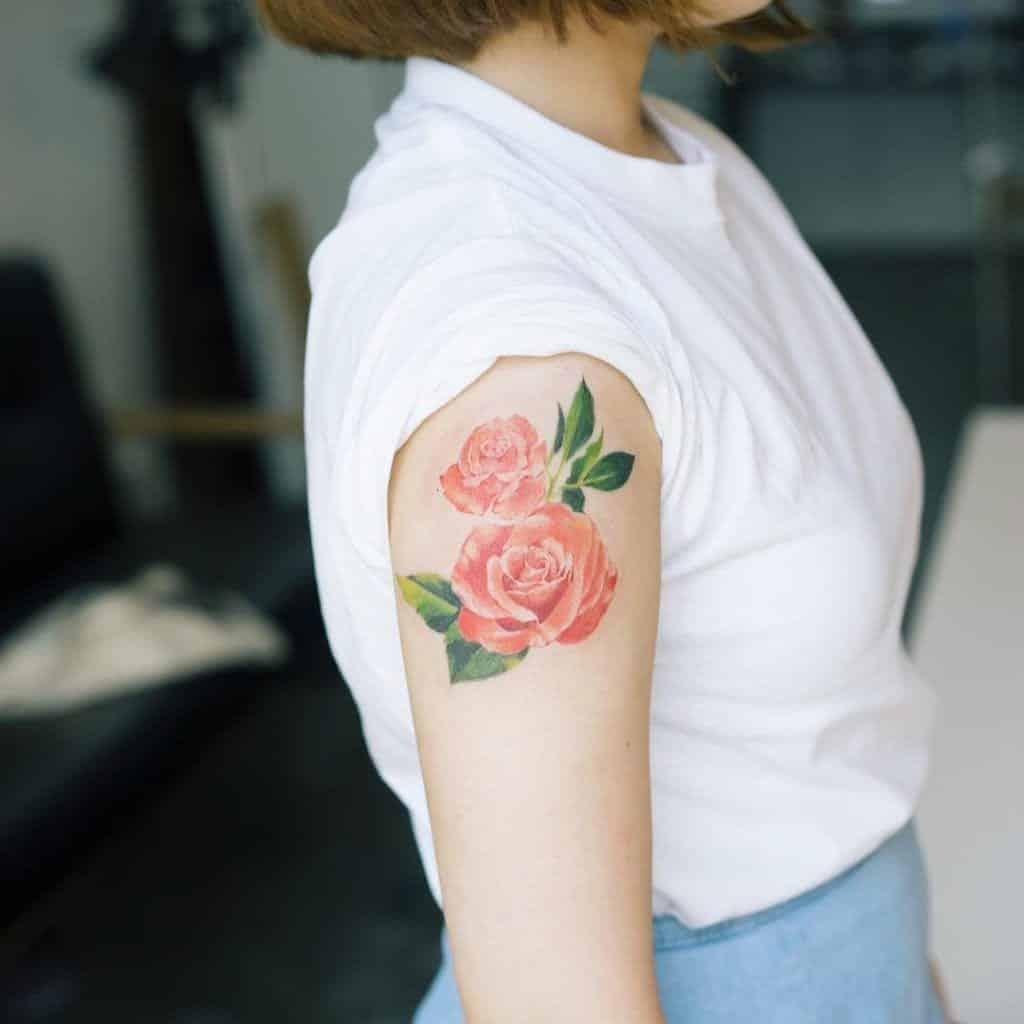 Tatuagem de flor – 80 tattoos delicadas e poderosas para você se inspirar