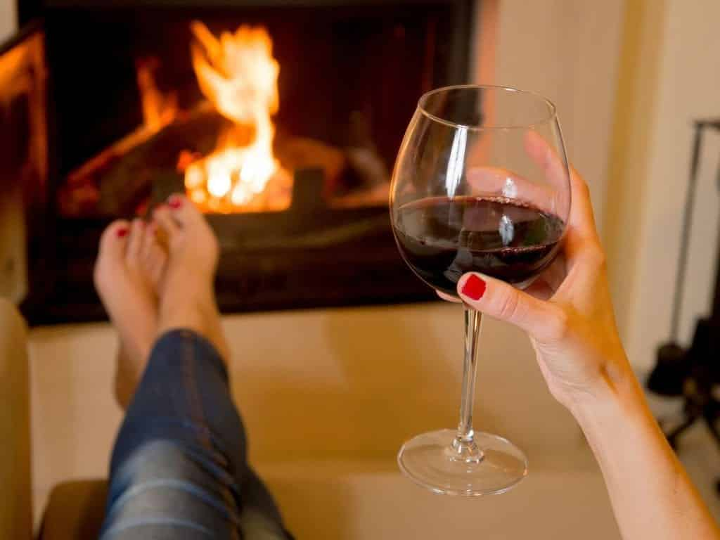Uma tacinha de vinho por dia ajuda a emagrecer? A Ciência diz que sim