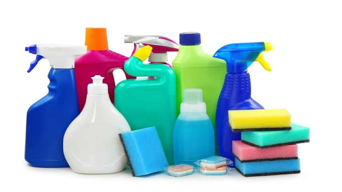 Dicas de como usar o removedor na sua limpeza de casa