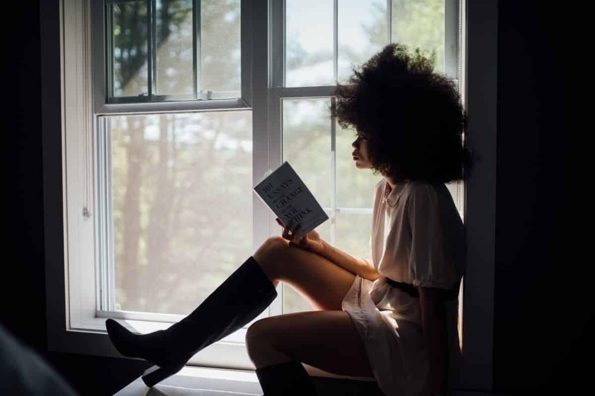 Livros escritos por mulheres que todo mundo precisa ler [top 10]
